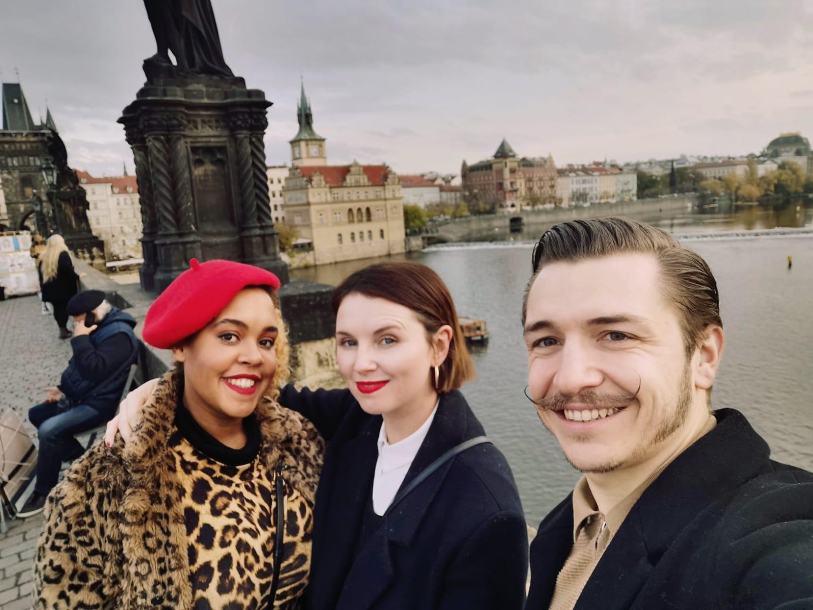 Medbelle Team Spirit - Chloe, Sarah & Sebi on Medbelle Trip to Köln