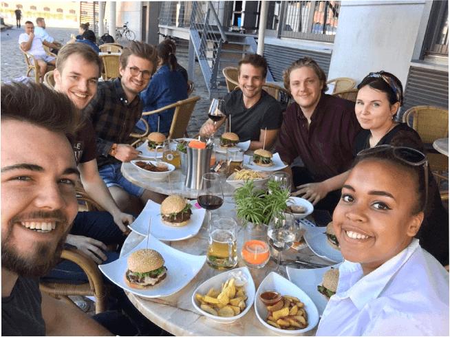 Medbelle Team Spirit - Team Lunch